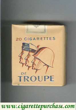De Troupe with three soldieres cigarettes soft box